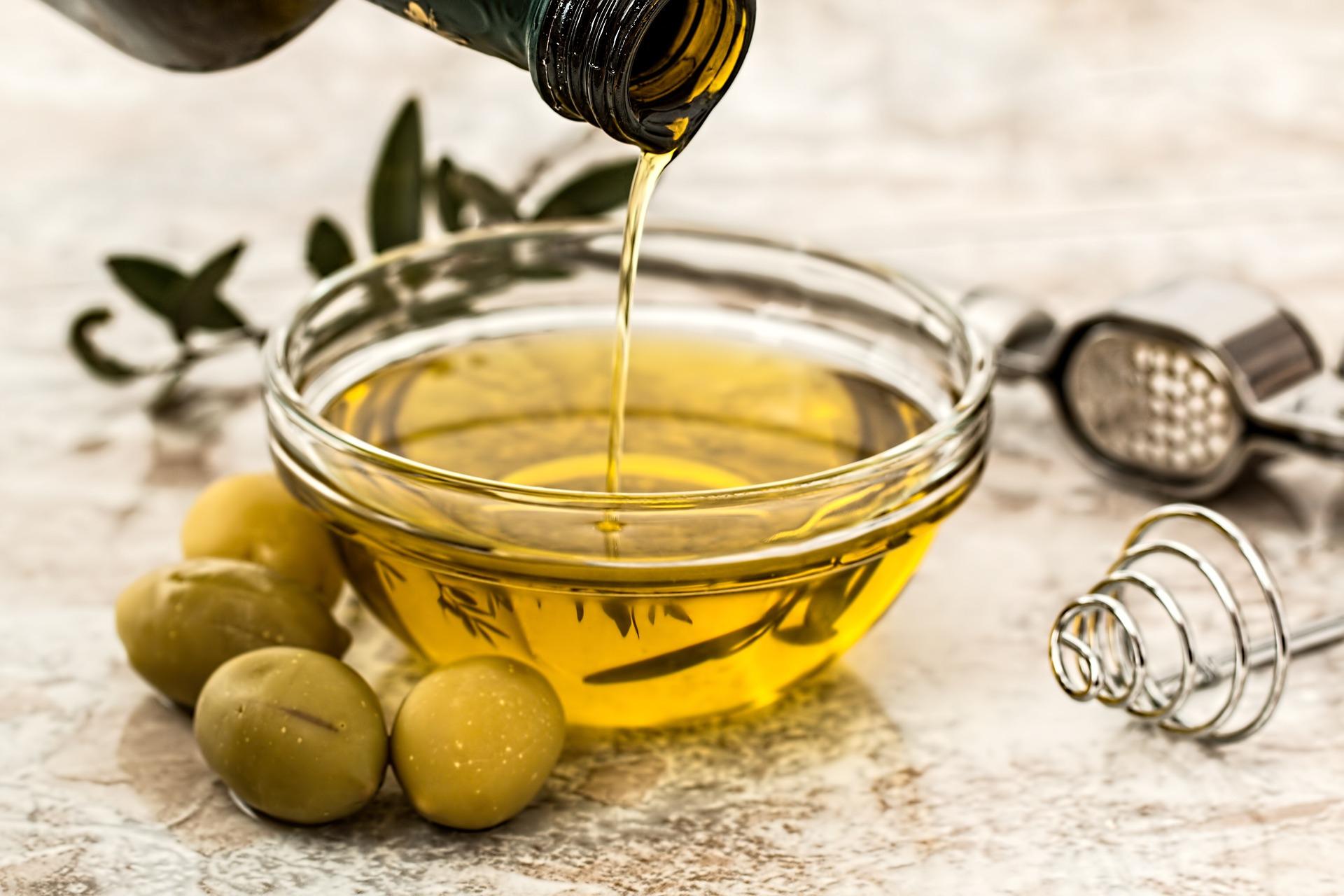 olio di oliva extravergine biologico agricola marcella giuliani